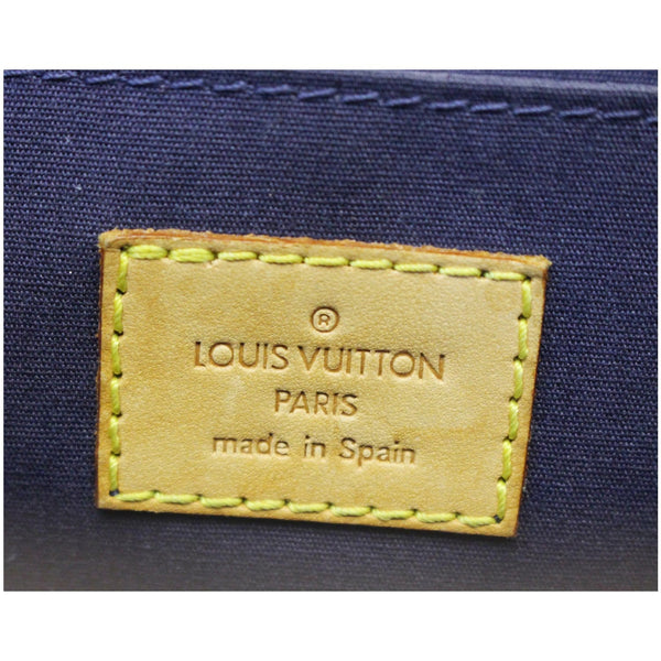 Louis Vuitton Roxbury Clutch Monogram Vernis - lv logo