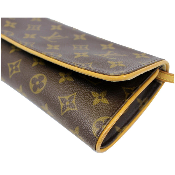Louis Vuitton Pochette - LV Monogram Canvas Shoulder Bag