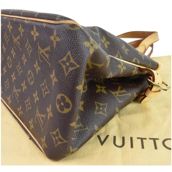 Louis Vuitton Batignolles Vertical Monogram Canvas Bag - corner style