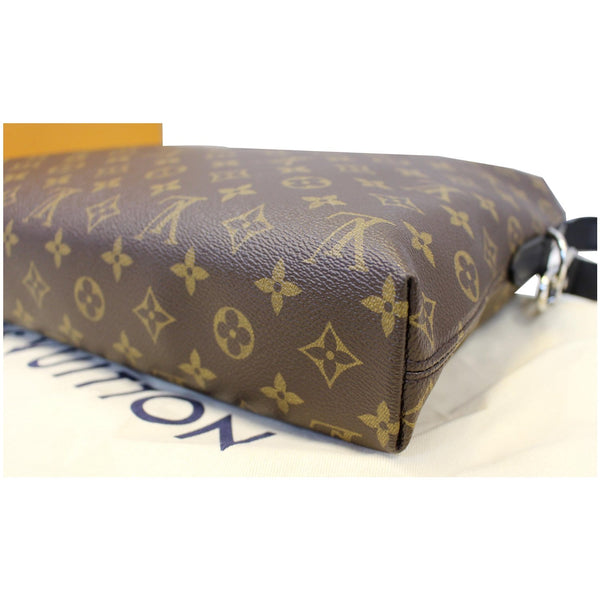 Louis Vuitton Porte-Documents Jour  Monogram Briefcase Bag - corner
