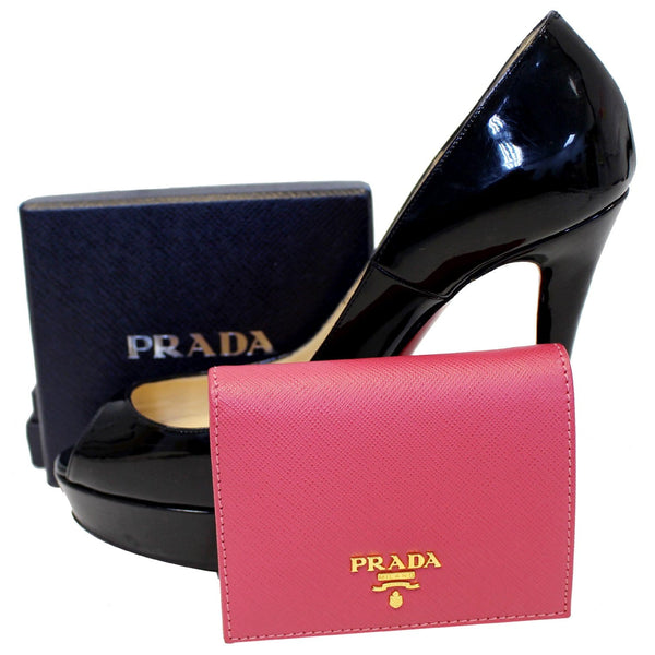 PRADA Saffiano Wallet - with Shoe