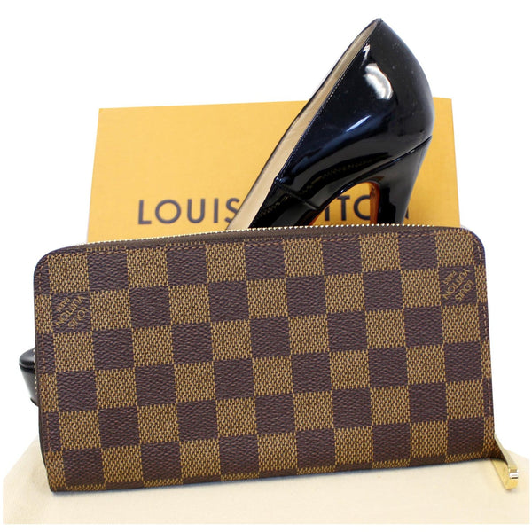 LOUIS VUITTON Zippy Damier Ebene Long Wallet Brown