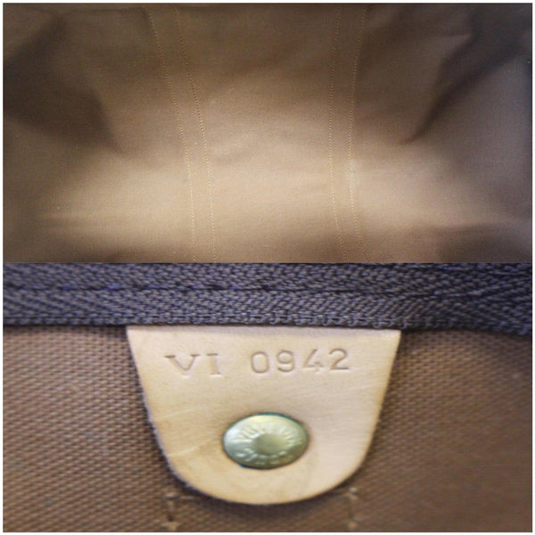 Louis Vuitton Keepall 55 Bandouliere Travel Bag - interior