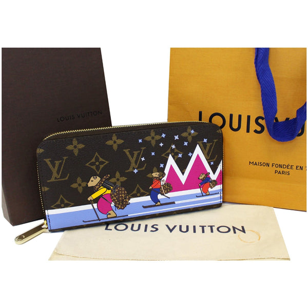 LOUIS VUITTON Holiday Zippy Monogram Canvas Wallet Brown-US