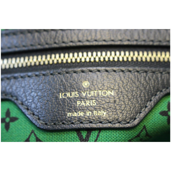 Louis Vuitton Ailleurs Cabas GM Printed Shoulder Bag - lv logo