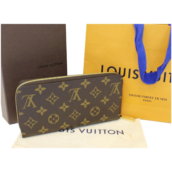 Louis Vuitton Holiday Zippy Wallet - Lv Monogram Wallet for women