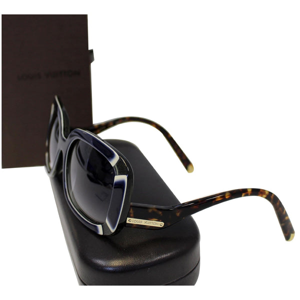 LOUIS VUITTON Anemone Navy Sunglasses - Lv box