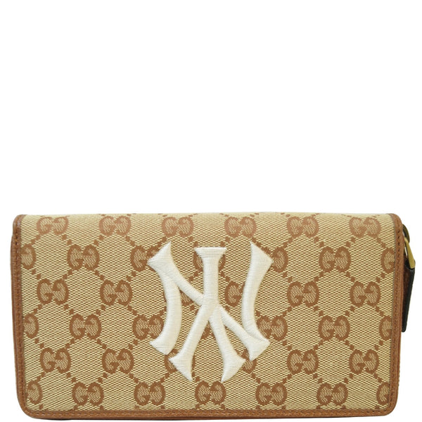 GUCCI Zip Around NY New York Yankees Patch Wallet Beige 547791