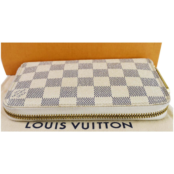 Louis Vuitton Damier Azur Zippy Organizer Wallet White - zip front view