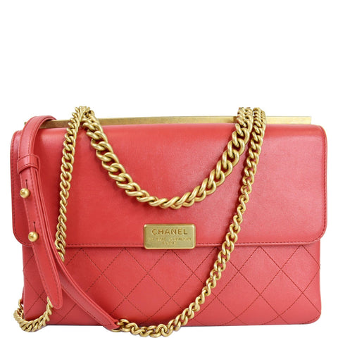 CHANEL Coco Luxe Medium Flap Lambskin Shoulder Bag Red