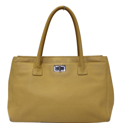 CHANEL Reissue Cerf Executive East West Tote Bag Beige