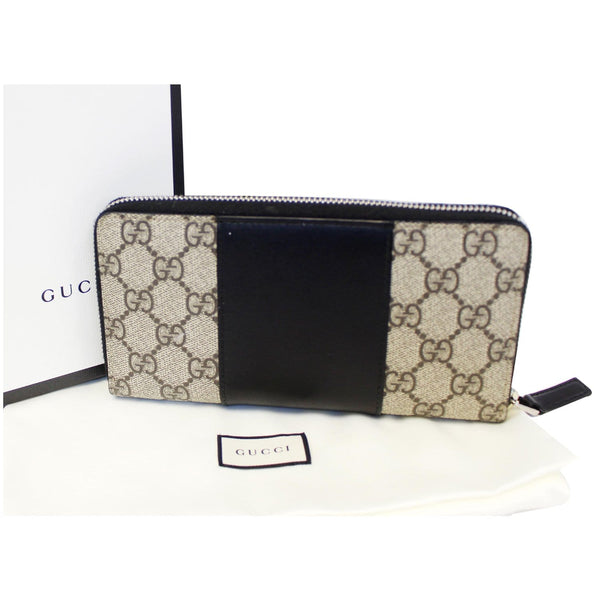Gucci Wallet GG Supreme Monogram Zip Around - front view