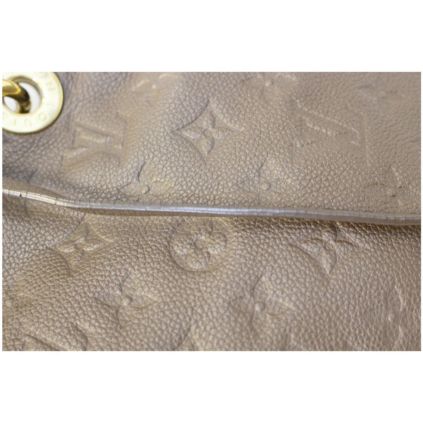 Louis Vuitton Artsy MM Empreinte Leather tote seam
