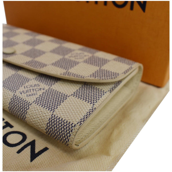 LOUIS VUITTON Emilie Damier Azur Wallet White