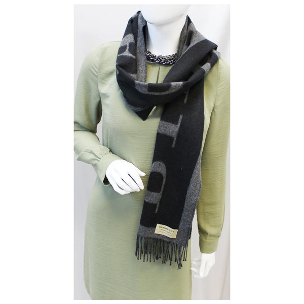 Burberry Scarf Logo Text Cashmere Black & Grey for women