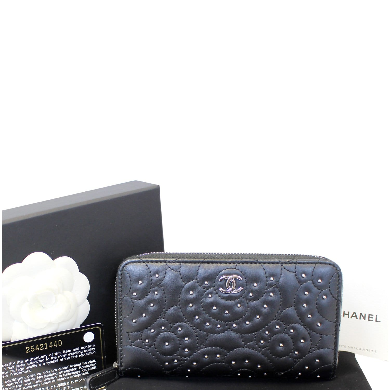08235910864d CHANEL Camellia Long Zippy studded Wallet Black-US