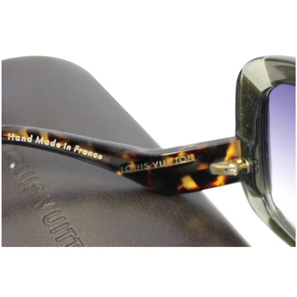 LOUIS VUITTON Anemone Navy Sunglasses - Sunglasses for women