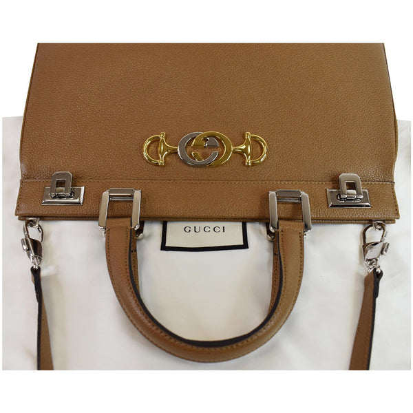 Gucci Medium Zumi Grainy Leather Top Handle handbag