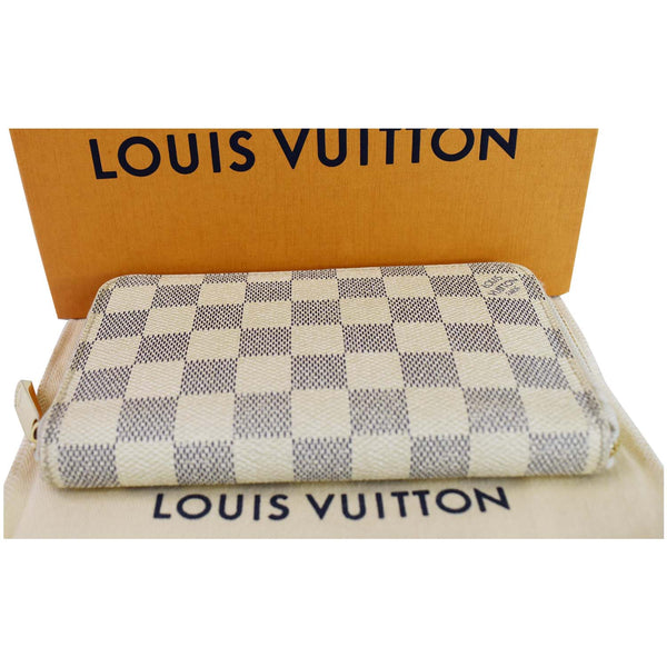 Louis Vuitton Damier Azur Zippy Organizer Wallet White - top side