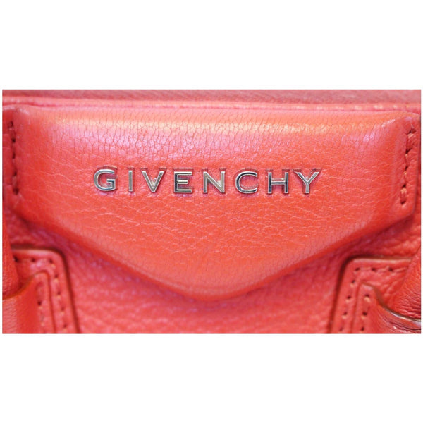 Givenchy Shoulder Bag Antigona Small Leather - givenchy logo