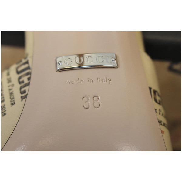 Gucci Invite Stamp Print Apollo Pumps Beige Size 38 - logo