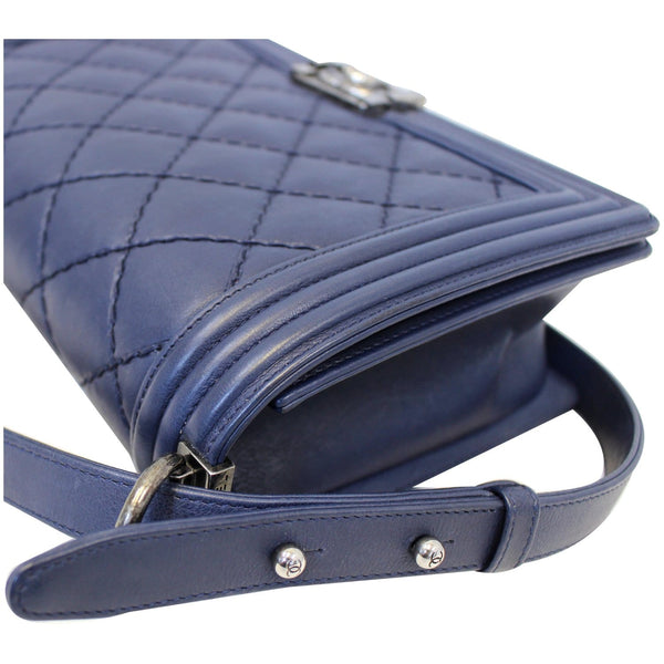 Chanel New Medium Boy Flap Calfskin Double Stitch Bag Navy corner