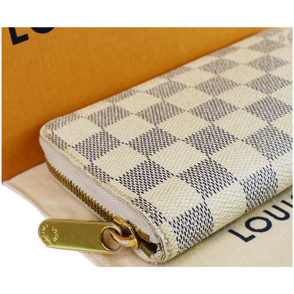 Louis Vuitton Damier Azur Zippy Organizer Wallet White - zip side view