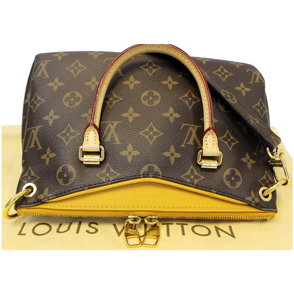 Louis Vuitton Pallas Bb Shoulder Bag | Zip side view