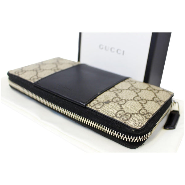 Gucci Wallet GG Supreme Monogram Zip Around - corner