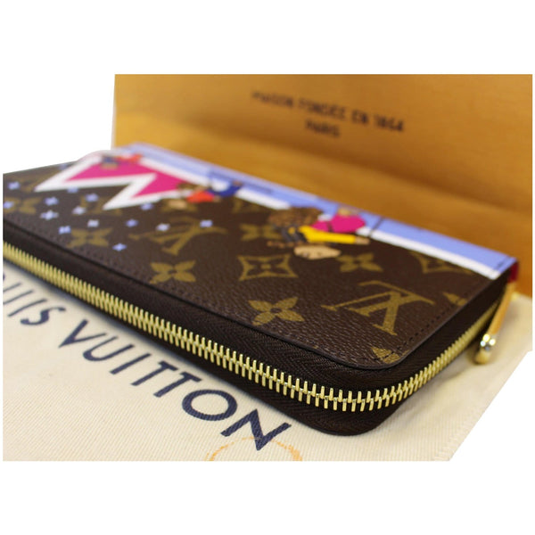 Louis Vuitton Holiday Zippy Wallet - Lv Monogram Wallet on sale