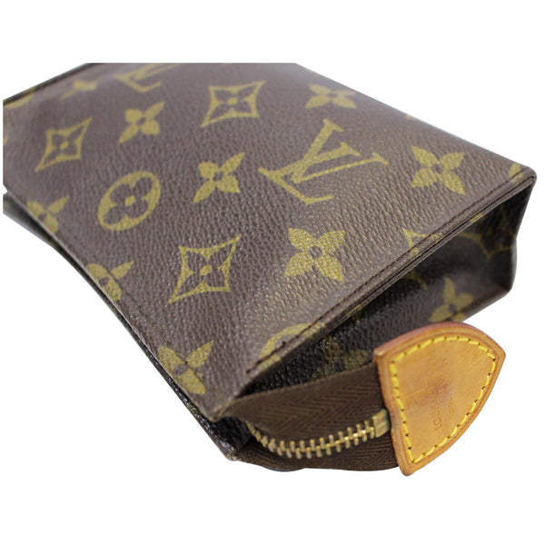 LOUIS VUITTON Toiletry 15 Monogram Canvas Cosmetics Pouch Brown
