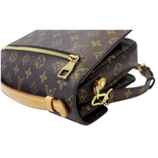 LOUIS VUITTON Metis Pochette Monogram Canvas Crossbody Bag-US