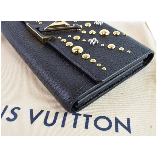 used lv Capucines Studded Leather Wallet corner