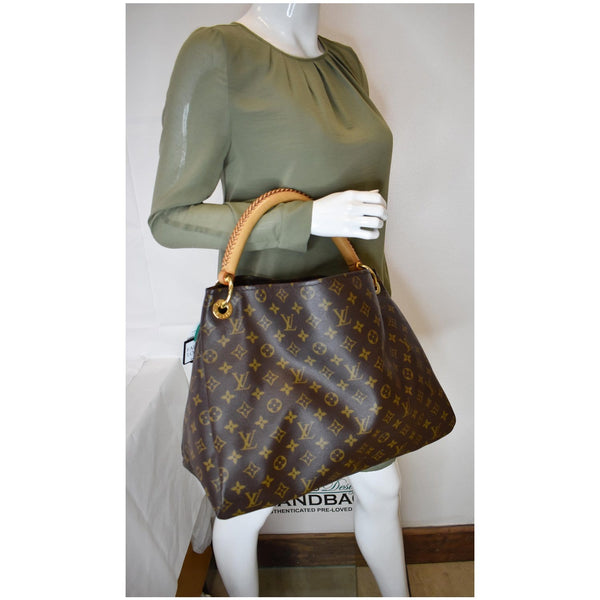LOUIS VUITTON Artsy MM Monogram Canvas Shoulder Bag Brown