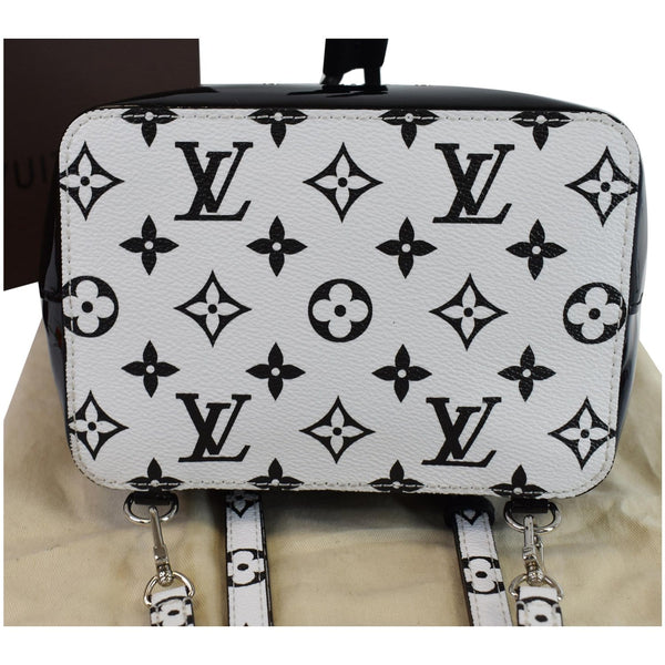 Louis Vuitton Hot Springs Monogram Vernis Leather Bag - wide base