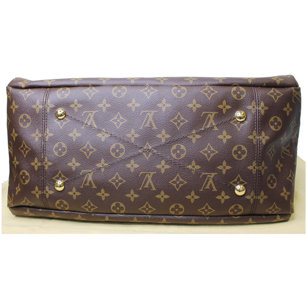 base with studs lv Artsy MM Monogram Canvas bag