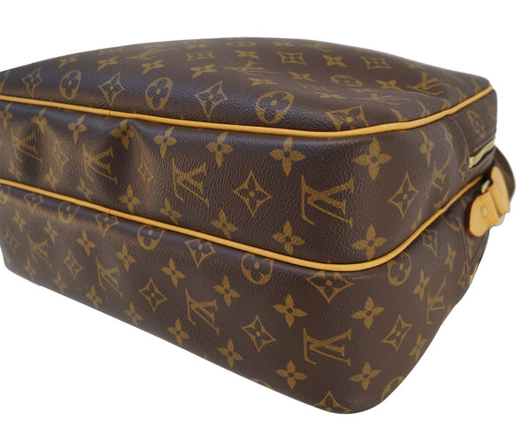 Authentic LOUIS VUITTON Monogram Reporter GM Shoulder Bag E3115