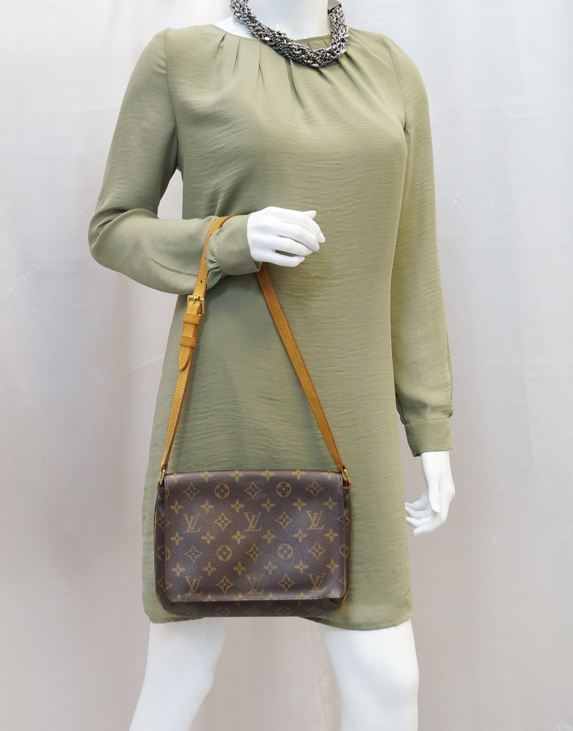 7d362136898e LOUIS VUITTON Musette Tango Monogram Canvas Short Strap Shoulder Bag ...