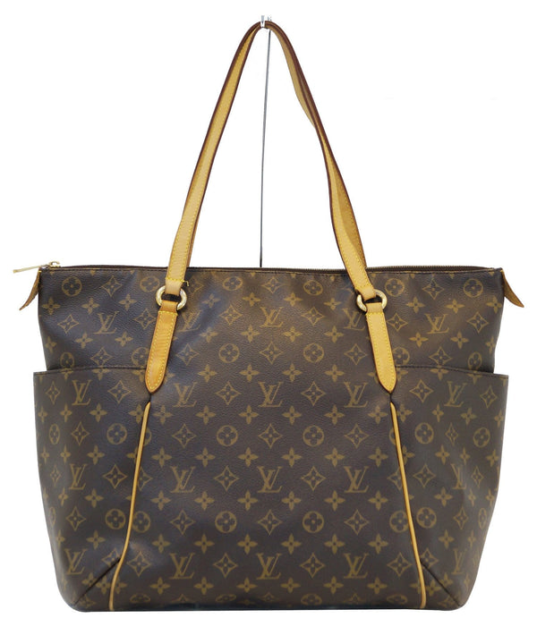 LOUIS VUITTON Monogram Totally Gm Tote Shoulder Bag