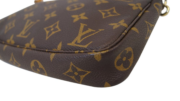 LOUIS VUITTON Monogram Pochette Accessories Pouch