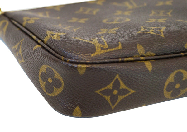 Authentic LOUIS VUITTON Monogram Canvas Pochette Accessoires Handbag E3061