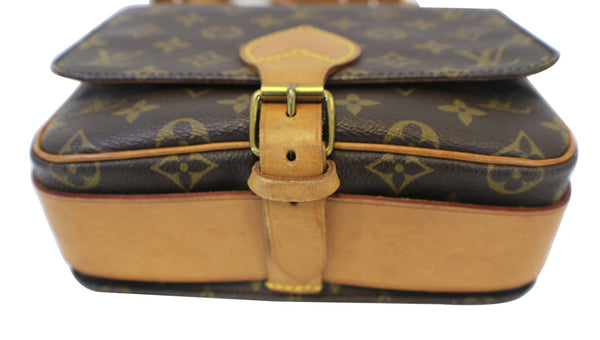Authentic LOUIS VUITTON Monogram Brown Cartouchiere MM Crossbody Bag E3208