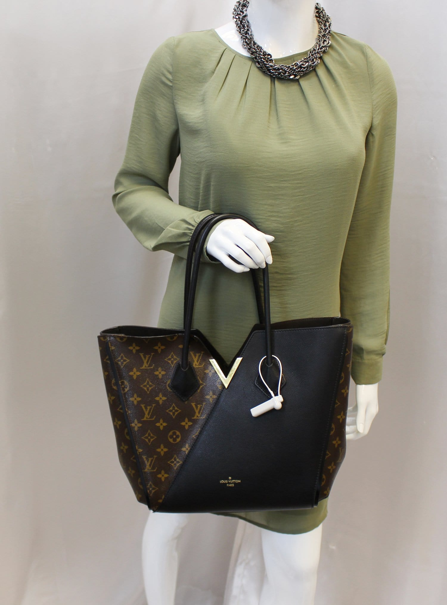 1cf5ec85d LOUIS VUITTON Monogram Canvas Black Leather Kimono Tote Bag