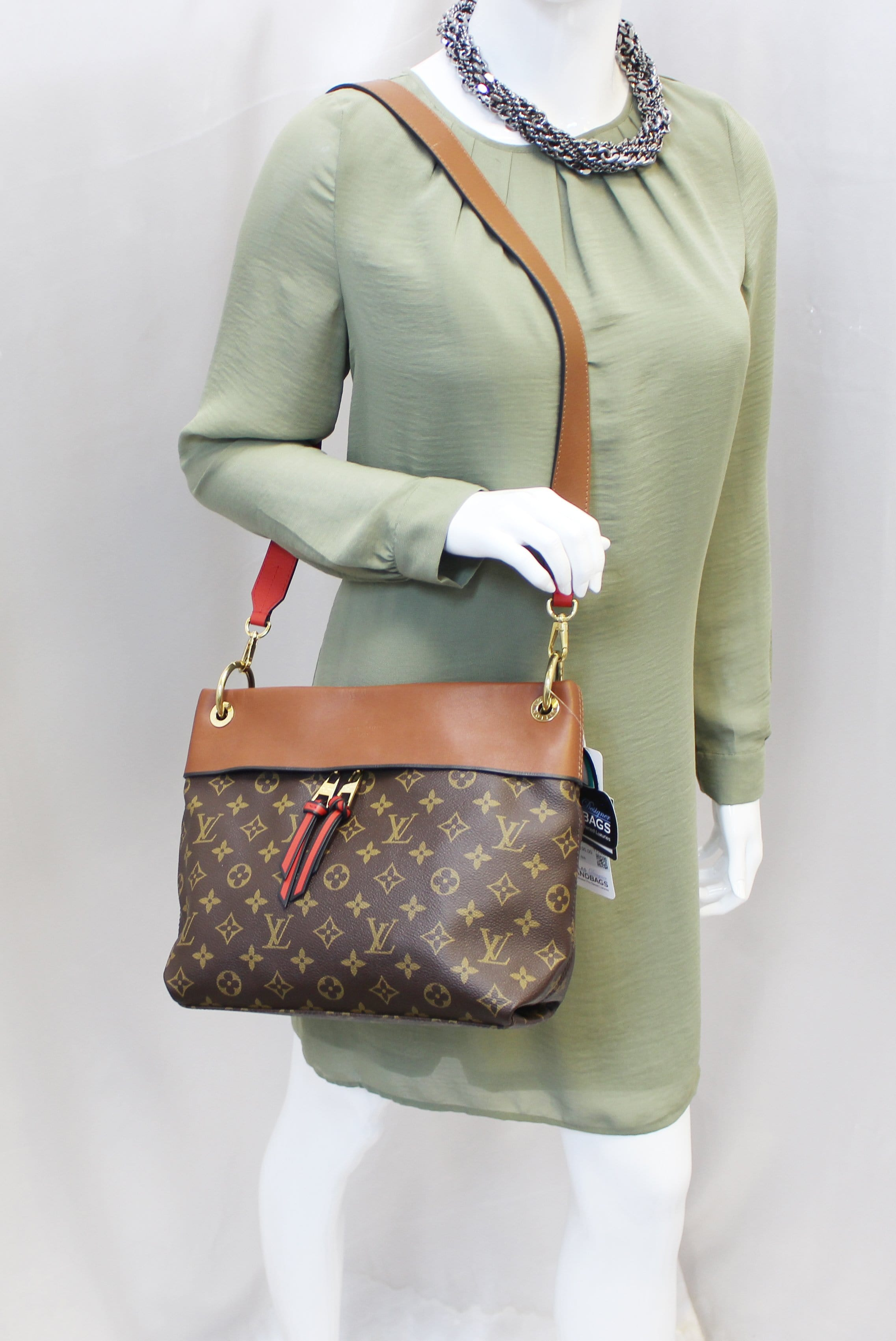 5c8eb07d98d2 LOUIS VUITTON Caramel Monogram Canvas Tuileries Besace Shoulder Bag