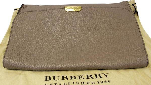 Burberry Clutch Heritage Sonnet Grain Leather