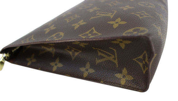 Authentic LOUIS VUITTON Monogram Canvas Toilette 26 Cosmetics Pouch TT1473