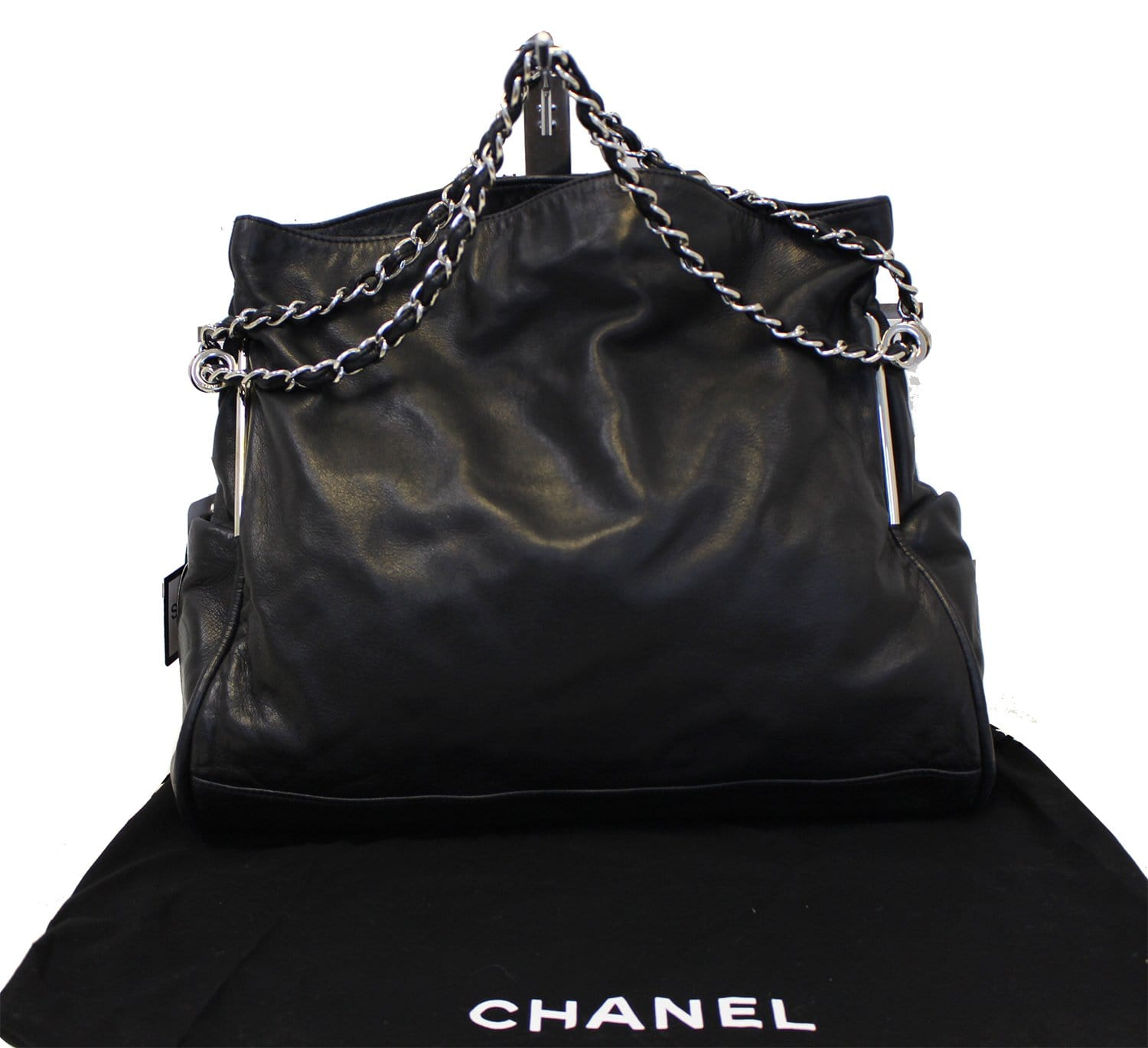 2e435d1ddf4c8e CHANEL Large Ultimate Soft Hobo Black Leather Bag