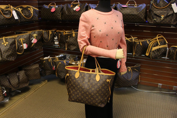 Authentic LOUIS VUITTON Monogram Canvas Red Neverfull MM Tote Bag TT1525