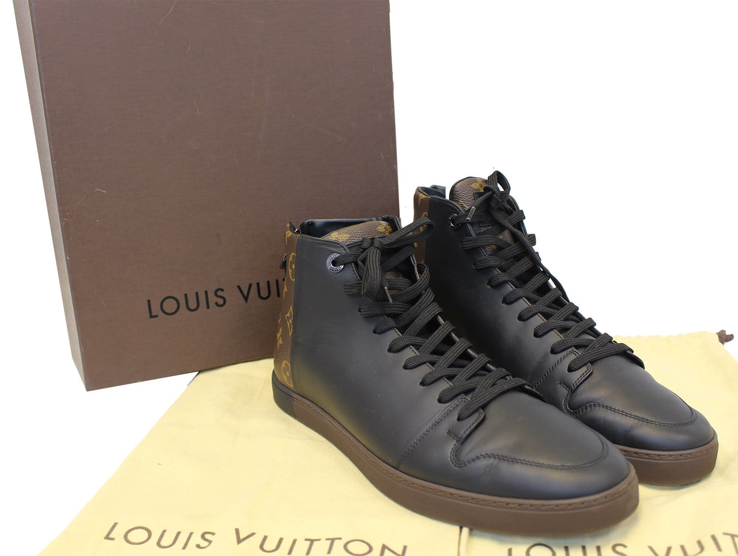 2384679b5a76 LOUIS VUITTON Monogram Line up Sneakers Size 10