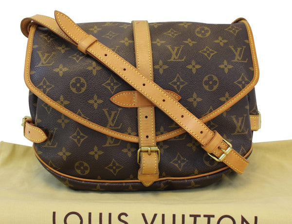 Authentic LOUIS VUITTON Monogram Canvas Saumur 30 Crossbody TT1505